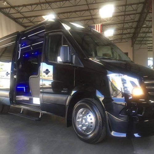 Houston-Party-Bus Lounge-Sprinter-Exterior
