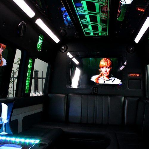 Houston-Party-Bus-Lounge-Sprinter-TV