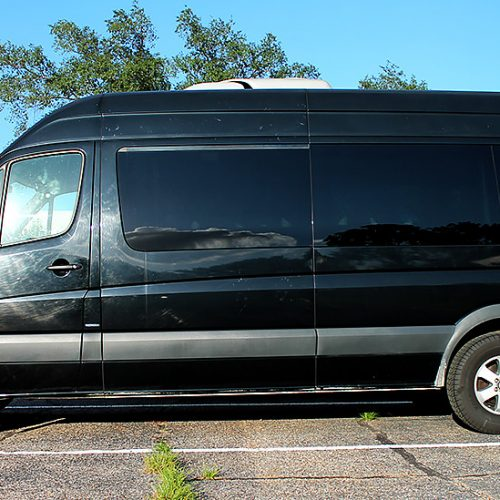 Houston-Party-Bus-Lounge-Sprinter-exterior
